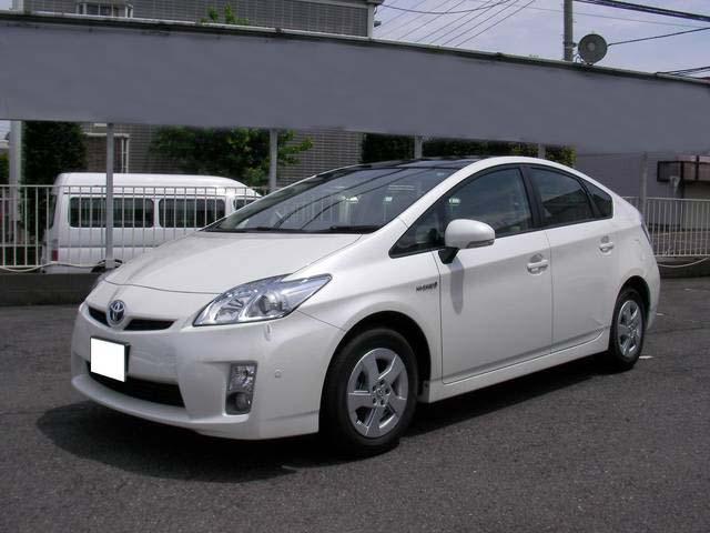 Used Toyota Prius in Pakistan