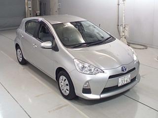 Toyota Aqua hybrid car